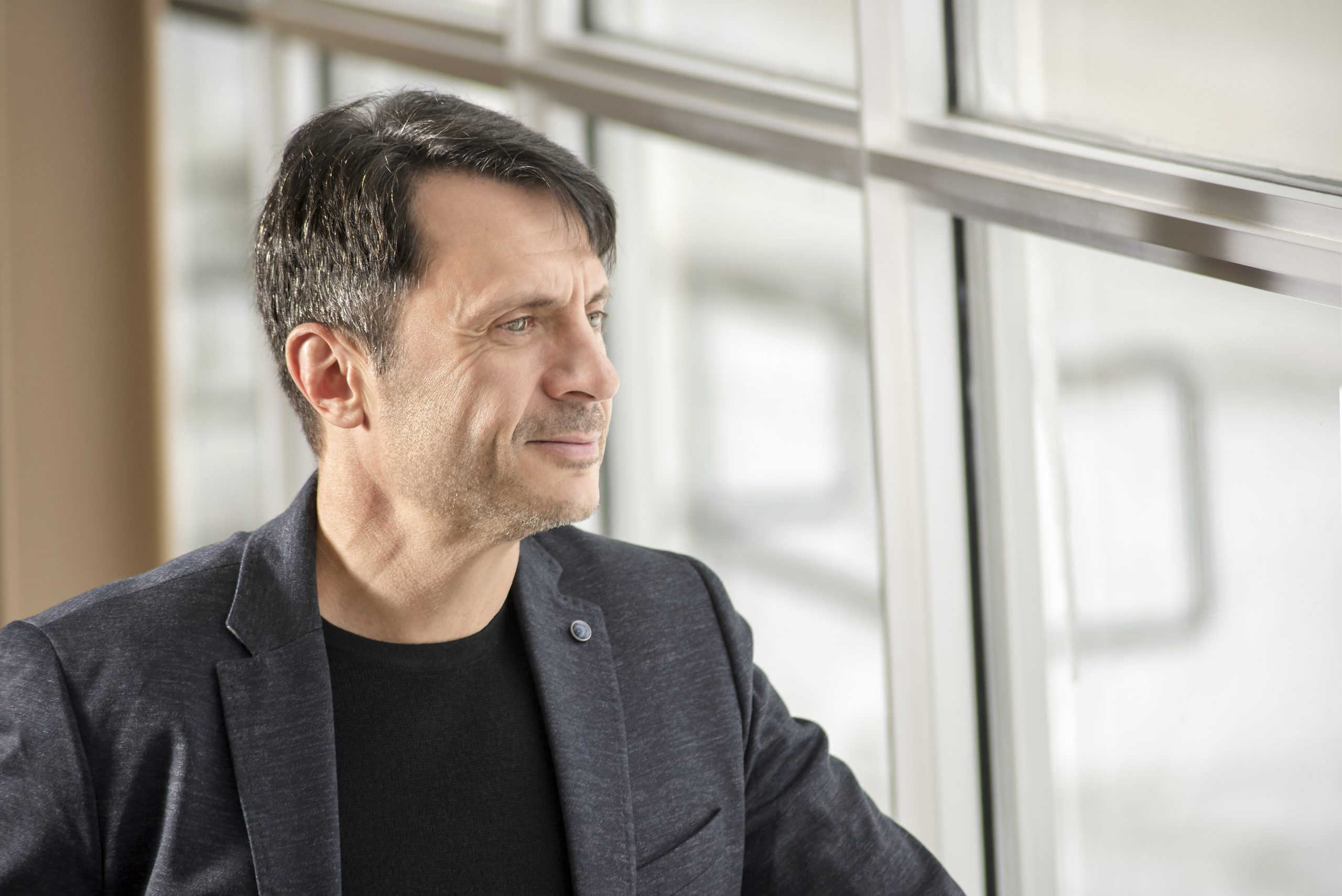 Registered Doctoral Psychologist Dr. Thomas Hadjistavropoulos is the 2021 recipient of the Canadian Pain Society's Pain Awareness Award. (Photo by Trevor Hopkin)
